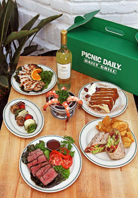 Pre-Packed Picnic Kits - The Daily Grill's Picnic Menu Helps You Enjoy a Multi-Course Meal on the Go