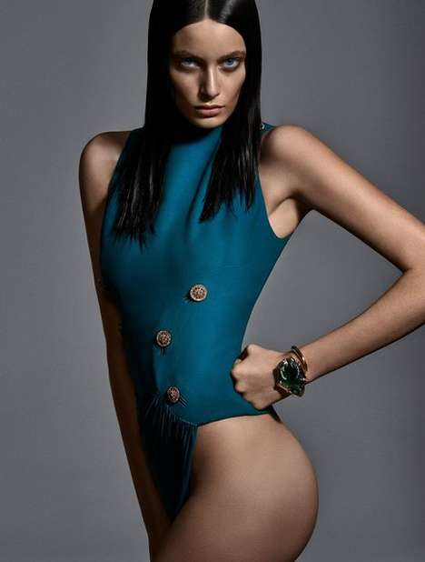 Agenda-Themed Editorials - The Vogue Brazil Calendar Girl Photoshoot Rings in New Year Dates