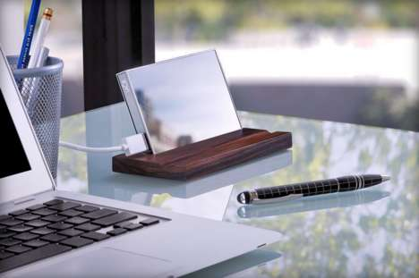 Gorilla Glass Hard Drives - CES 2015 Features the Luxuriously Reflective LaCie Mirror
