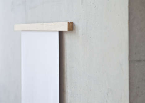 Easy-Change Frames - A Clamping Picture Frame Allows You to Rehang Your Artwork Often