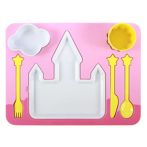 Girly Serving Tray Sets - Pich Shop's Princess Dinner Set Boasts Dishware and Utensils
