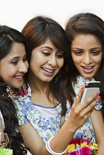 Social Banking Transactions - ICICI Bank Lets You Perform Social Media Money Transfers via Twitter