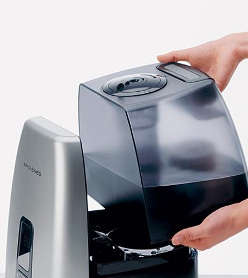 Ultrasonic Humidifiers - The Air-O-Swiss 7144 is a State Of the Art Humidifier