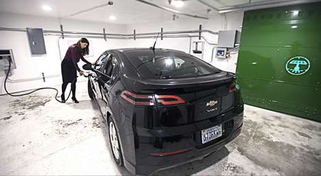 Electric Car-Charging Lots - Powertree Service Offers Solar Power EV Charging to Apartment Complexes