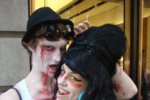 Zombiecon Encourages Amy Winehouse Costumes