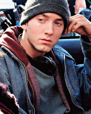 Slim Shady Relapses - Eminem Stages Comeback