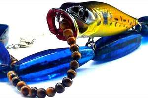 BodyFishing Necklaces Lure the Looks