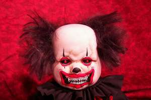 10 Evil Clown Dolls