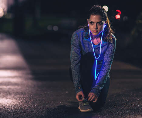 Pulsating Smart Earphones - The Glow Headphones Vibrates to the Beat of the Wearer's Music or Heart