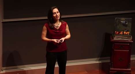 Vocal Executive Presence - Laura Sicola's Leadership Lecture Focuses on Verbal Communication