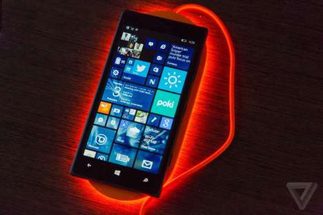 Neon Phone Chargers - Nokia DT-903 is a Flashy Charger that Glows Bright Colors