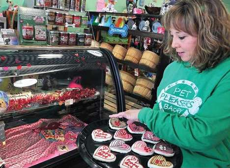 Pet Food Bakeries - The Pet Pleasers Bakery Makes All-Natural Pet Treats, Cookies and Cakes