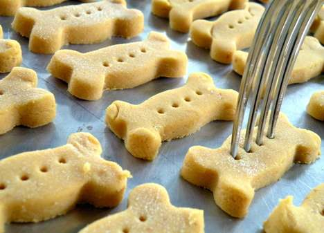 DIY Pumpkin Puppy Treats - This Recipe is for Pumpkin Dog Biscuits Will Soothe Canine Tummies