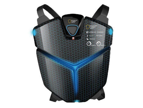 Lifesaving Mountain Equipment - The Climber Shield Provides Heat and Oxygen to Ascending Sportsmen