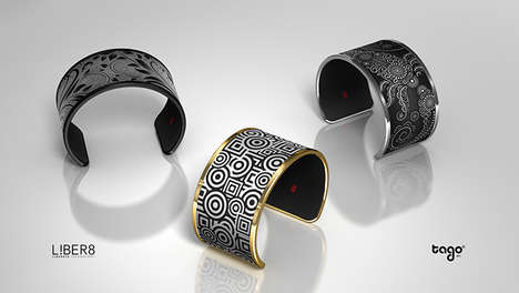 Adaptable E-Ink Bracelets - Tago Arc Lets You Do You Own Jewelry Design within One Techie Accessory