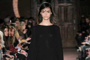 Rodebjer Uses Crescent Moon Bindis During Its Runway Show