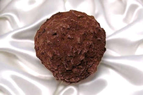 Decadent Chocolate Truffles - Fritz Knipschildt's La Madeline Au Truffles Are Priced at $250 Each