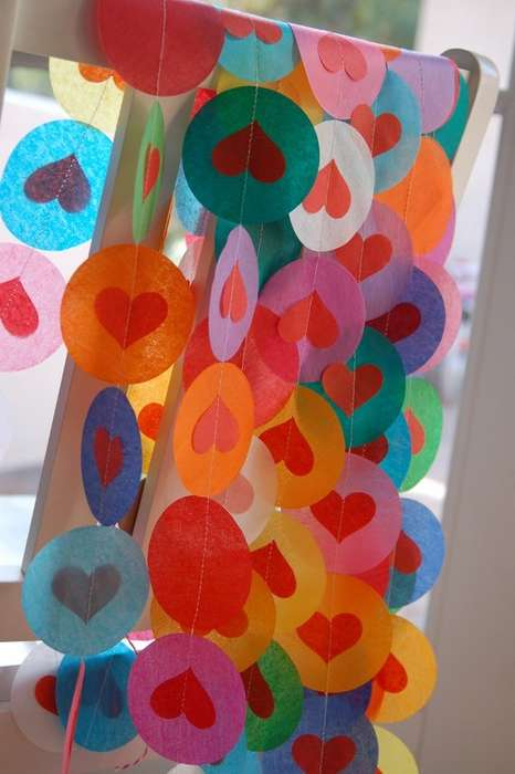 Paper Garland Decor - Etsy's Pipsqueak & Bean Shop Features Charming and Inexpensive Decor