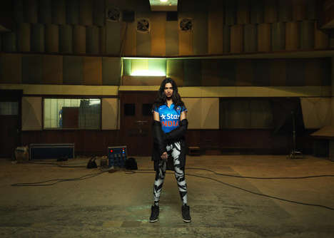 Inspirational Sports Campaigns - Nike's #BleedBlue Campaign Spurs Indians to Share Their Stories