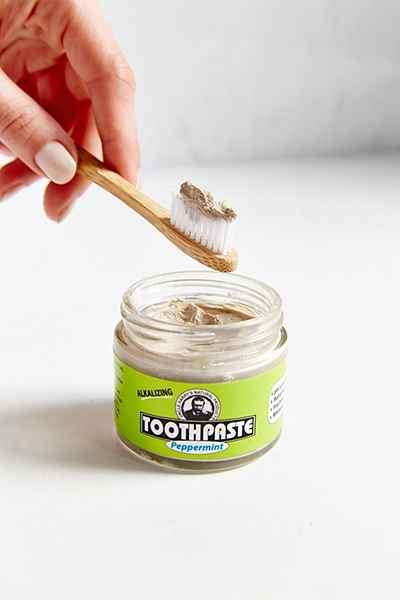 Jarring Toothpaste Packaging - Uncle Harry's Peppermint Toothpaste is Packaged in a Glass Jar