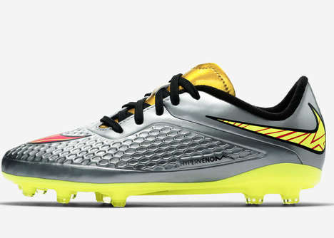 Youthful Soccer Boots - The Hypervenom Liquid Diamond Pack Inspires Kids to Express Themselves