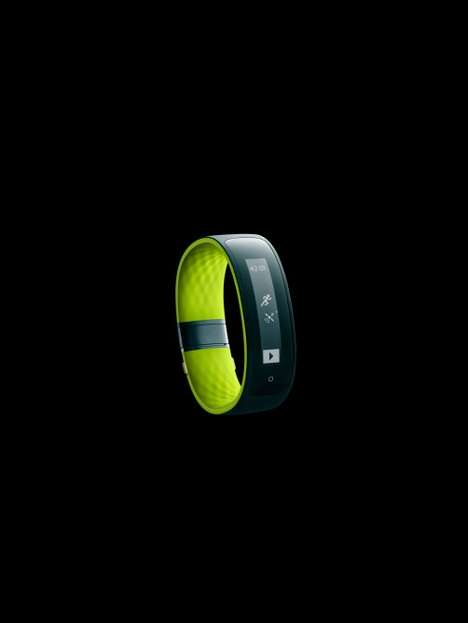 Wrist-Borne Fitness Trackers - The HTC Grip Tracker Was Made In Collaboration With Under Armour