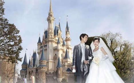 $96,000 Disney Weddings - Tokyo Disneyland Offers Royal Dream Weddings at an Expensive Rate