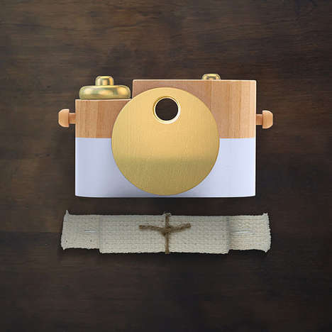 Artisan Toy Cameras - Etsy's Wooden Cameras Resemble Real Photo-Taking Devices