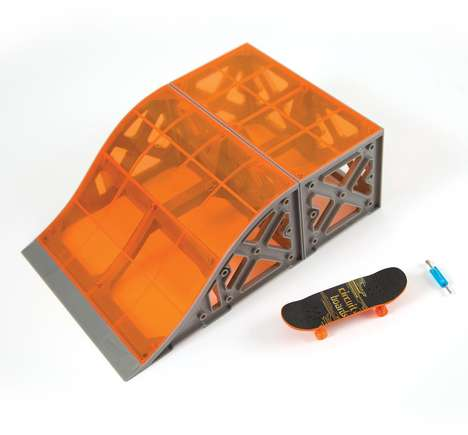 Electronic Skateboard Toys - Hexbug's Tony Hawk Circuit Boards Toys Bring Power to Fingerboards