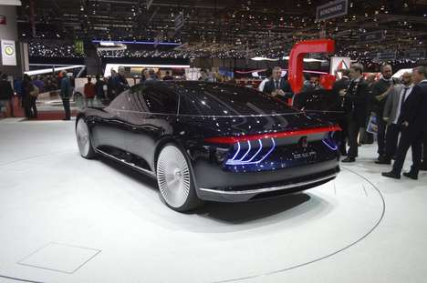 Autonomous Luxury Cars - The Italdesign Giugiaro GEA Imagines Autonomous Luxury Cars of the Future