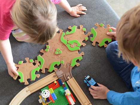 Interlocking Eco Toys - Tobo Toys' Eco-Friendly Toys for Kids Join with Other Track Playsets