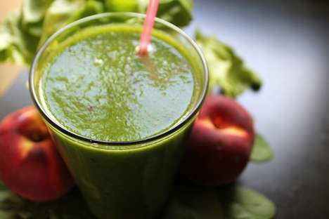 DIY Juice Cleanses - Hip Latina Creates a Detox Drink Just in Time for Spring