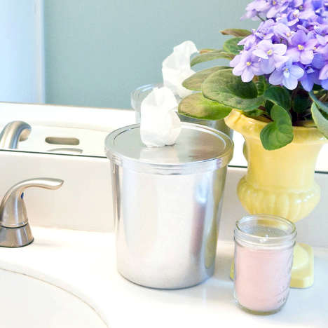 Lemony DIY Wipes - These DIY Wipes Keep Your Bathroom Clean, Fresh and Fragrant