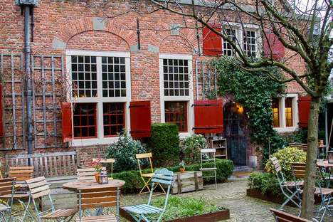 Medieval Church Cafes - This Amsterdam Cafe is Located Within the City's Oldest Building