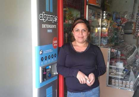 Poverty-Alleviating Vending Machines - The Automatic Food Dispenser Initiative Serves Poor Areas