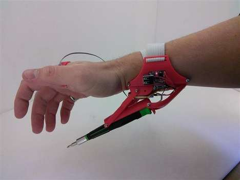 Handy Robotic Extremities - The Robotic Third Hand is a 3D-Printed Hand Attachment That Holds Tools