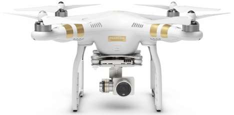 Camera-Toting Quadcopters - Dhe Phantom 3 Drone is Capable of 4K Recording