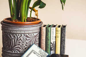 This Handmade E-Reader Case Collection Resembles Hardbound Book Covers
