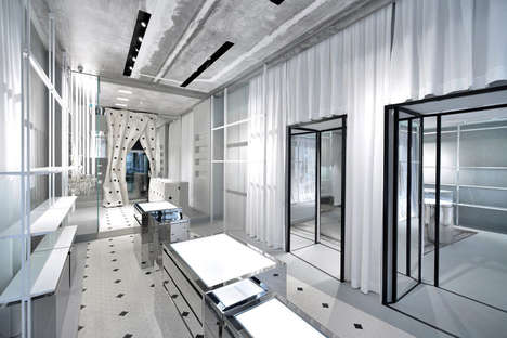 Alabaster Flagship Stores - Maison Margiela Reveals an All-White Retail Location in Milan