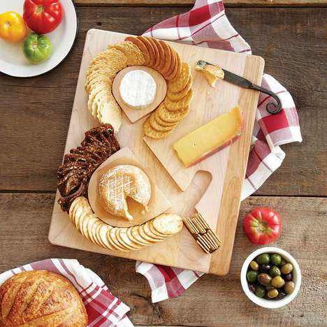 Typographic Snack Platters - This Wooden Cheese Board Boasts an Ampersand Symbol