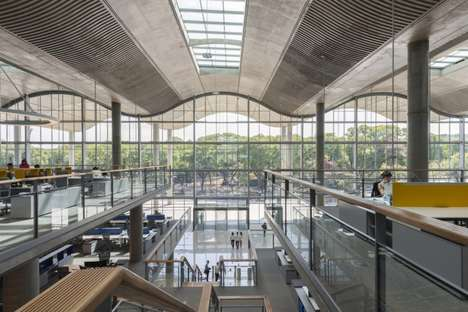 Sustainable City Hall Buildings - The Buenos Aires City Hall Was Designed By Foster + Partners