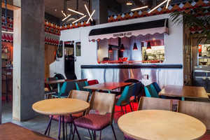 The Truck De-luxe Restaurant Features a Truck-Inspired Counter