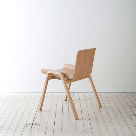 Waste-Conscious Chairs - The Economic Chair was Purposefully Designed to Reduce Waste