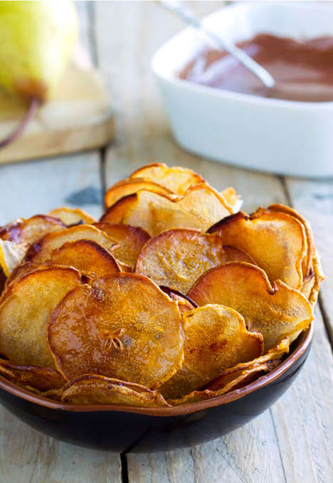 Crispy Pear Chips - Eatwell 101 Turns Fresh Pears into a Crunchy and Healthy Fruit Snack