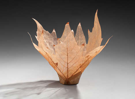 Delicate Leaf Bowls - These Decorative Nature Bowls are Made from Real Leaves