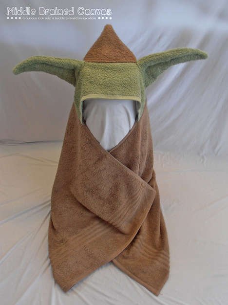 Pop Culture Towels - These Hooded Bath Towels are Made to Look Like Yoda & R2D2
