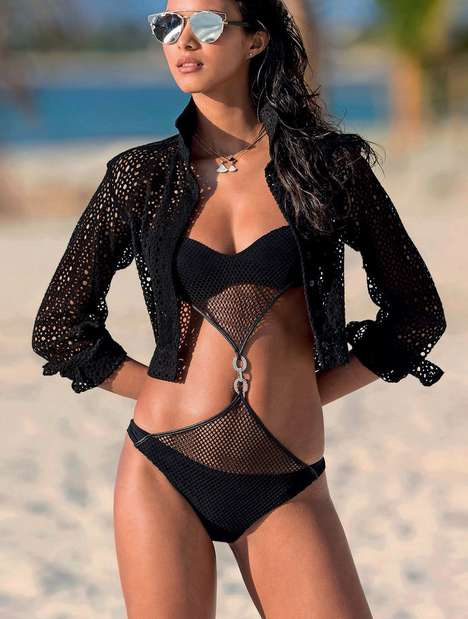 Multifaceted Swimwear Editorials - The Elle Italia Marnero Photoshoot Shows Diverse Bathing Suits
