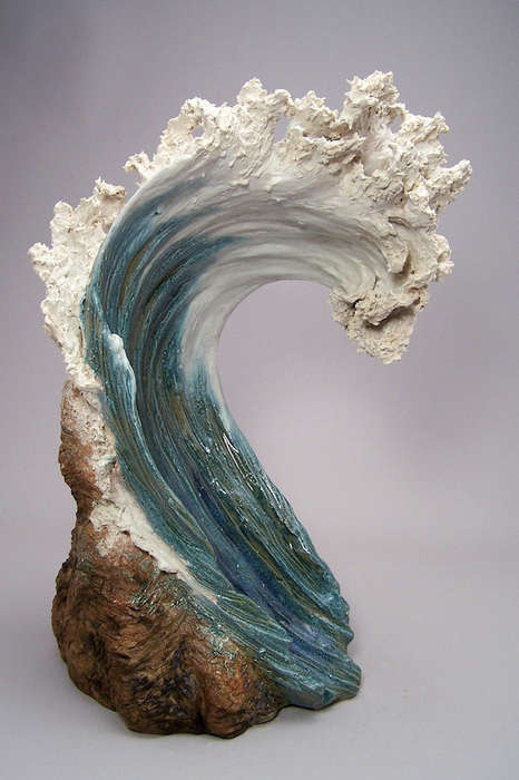 Ocean-Inspired Ceramic Sculptures - Denise Romecki Turns Stoneware Clay into Abstract Crashing Waves