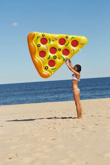 Caloric Beach Accessories - This Pizza Pool Float is Inspired by Fast Food Meals