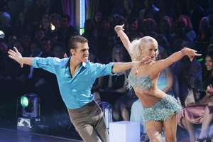 Julianne Hough To Return To Dancing With the Stars
